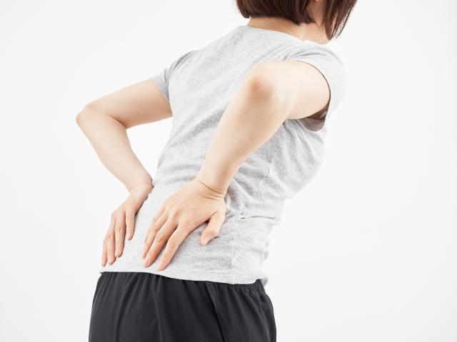 ストレスによる筋肉の緊張も腰痛の原因になります